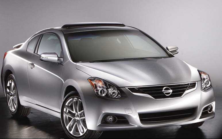 2011 Nissan Altima Coupe Review and Price First Impression