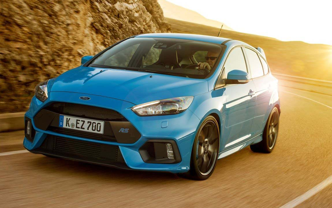 2017 Ford Focus RS Exterior blue color
