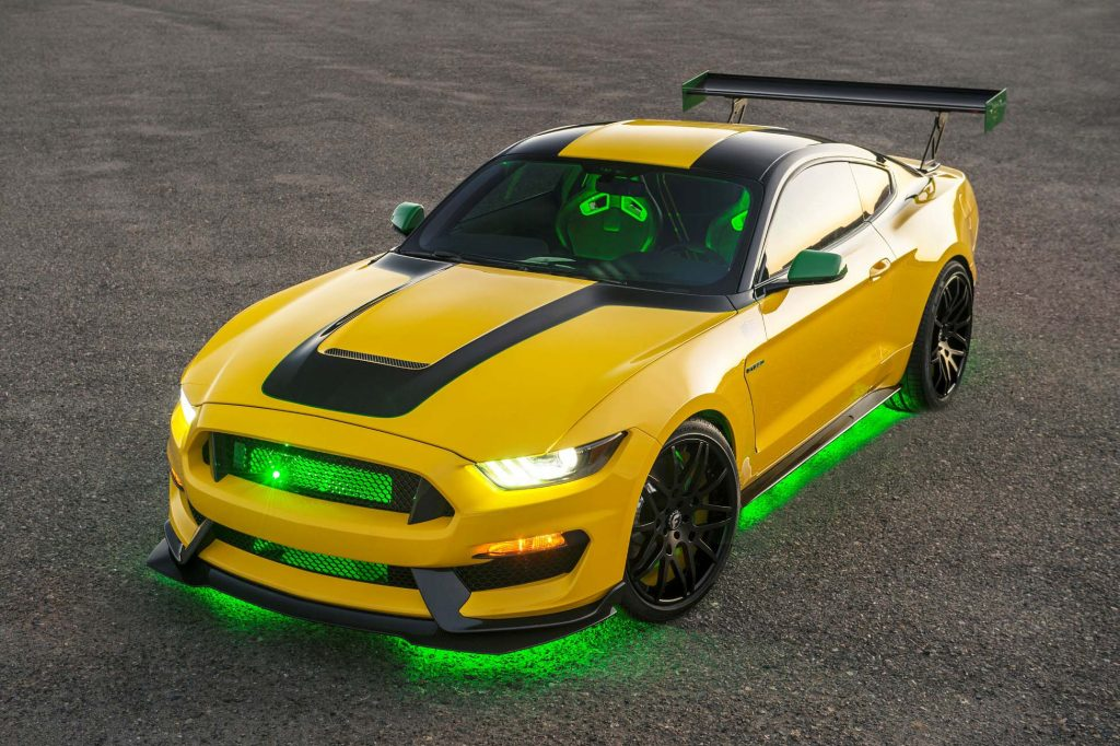 Yellow color 2016 Ford Mustang Shelby GT350 Ole Yeller exterior HD wallpaper